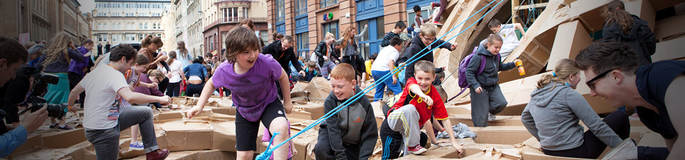 SURGE Scotland | Street Arts | Physical Theatre | Circus